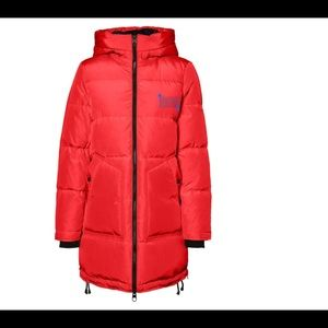 Vero Moda 50/50 down jacket. NWT size small